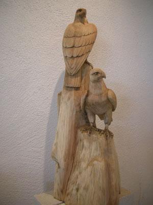 Adler Schnitzerei