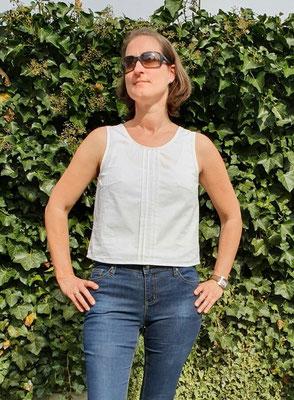kurze Sambucus-Bluse von @ker.stin.la, mit 4 statt 6 Biesen