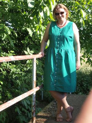 Acacia-Kleid von @huegelring, mit Biesen am Oberteil