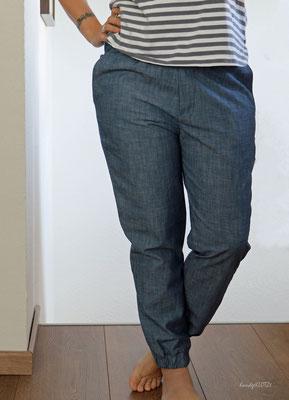 nochmal leichter Jeansstoff, Hose genäht von @handgeklotzt