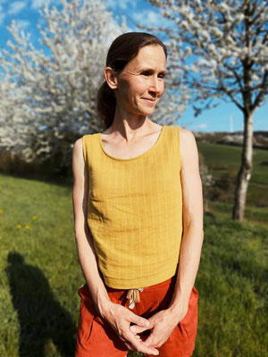 Sambucus-Bluse, kurze Variante mit angefügtem Bund-Streifen von @girafanten