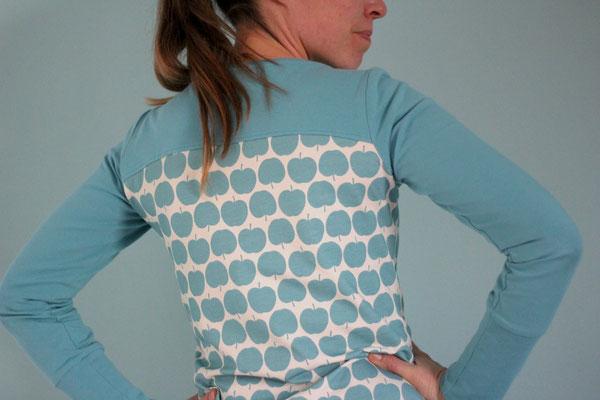 Herbula von @nins_heartmade - mit selbst hinzugefügter Rückenpasse und Armbündchen - Infos dazu im E-Book