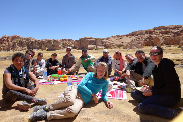 Région Sud Lipez - picnic dans un décor de rêve !