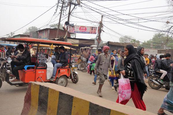 Une petite dernière, juste pour vous donner une idée de l'ambiance sur les routes indiennes :-)