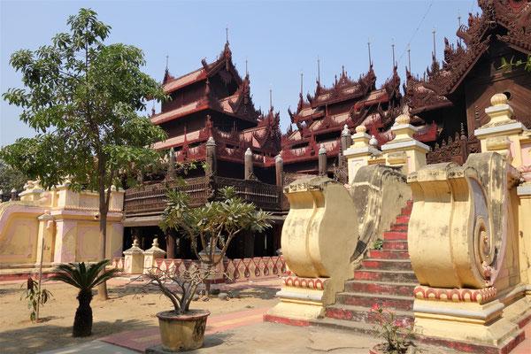 Monastère en bois