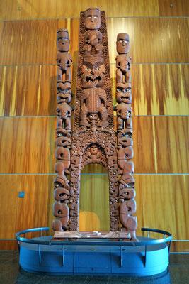 Te Papa Museum - Sculpture maori