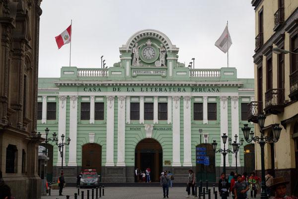 Le centre de Lima - La gare