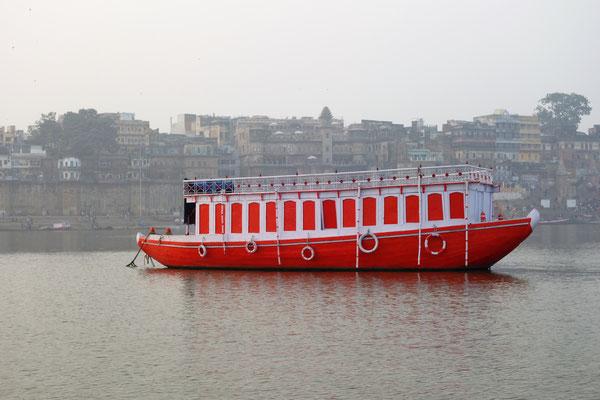 Promenade en barque sur le Gange