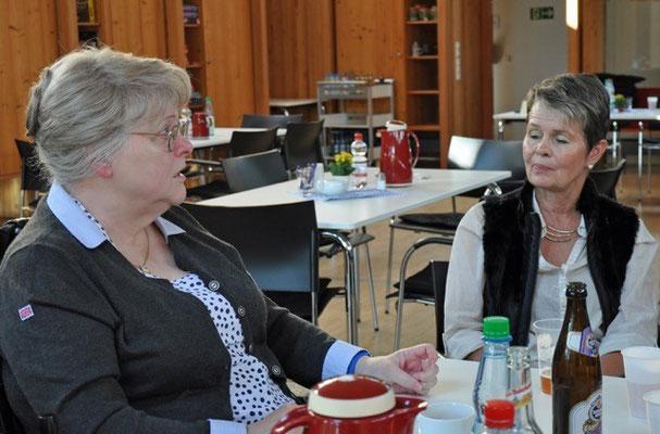 Bild 1: Ulla Brandt und Elisabeth Musa-Uder, die neue Behindertenvertreterin und die neue 2. Frauenvertreterin im SoVD Vorstand Reinbek
