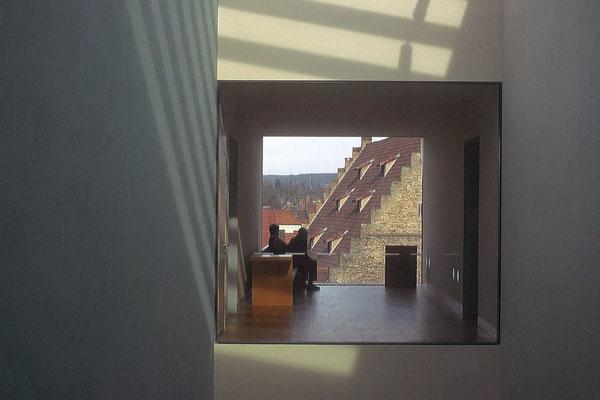 """""""fensterplatz"""" - renate scheurich - urkunde bezirksfotoschau 2008 sonderthema"""