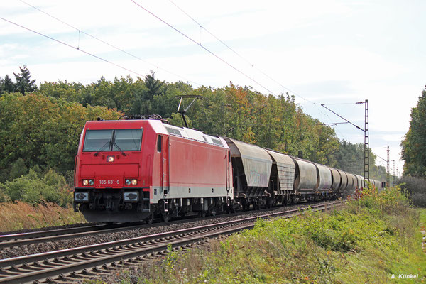 185 631, ehemals im Einsatz für die HGK, jetzt für Ecco Rail, fährt am 05. Oktober 2017 ebenfalls durch Bischofsheim.