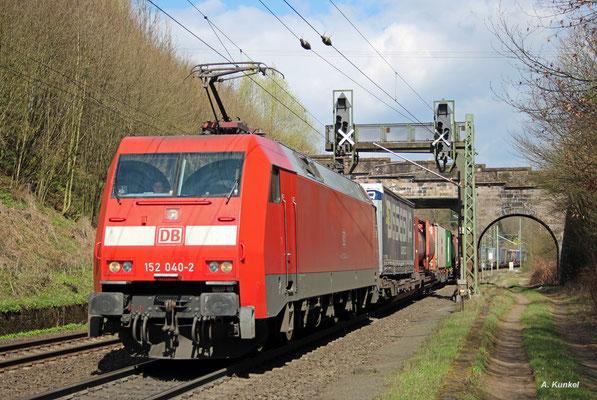 152 040 mit KLV-Zug am 30. März 2017 bei Schlüchtern.
