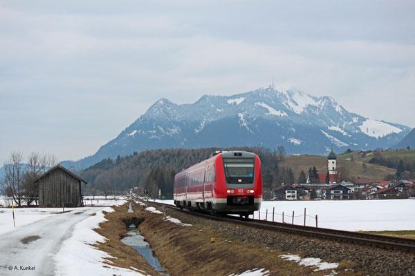 """612 089 """"Sonthofen"""" am 02. März 2019 als RE 3386 nach Oberstdorf in Altstädten."""