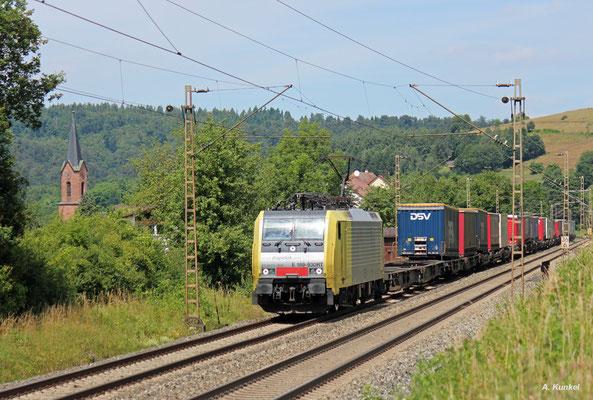 189 930 von MRCE Dispolok im Einsatz für TXL am 07. Juli 2016 in Obersinn.