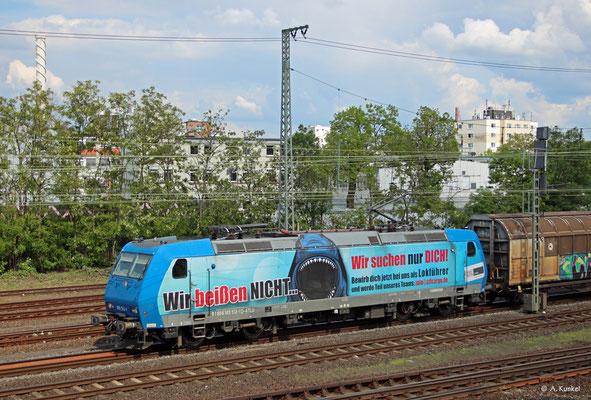 185 512 von Alpha Trains ist am 18. Mai 2019 im Einsatz für die CFL unterwegs und kommt legt dabei in Hanau Hbf eine kurze Pause ein.