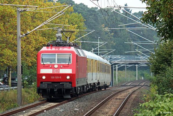 Auch die Strecke nach Dietzenbach befährt 120 125 am 28. September 2017, hier in Heusenstamm.