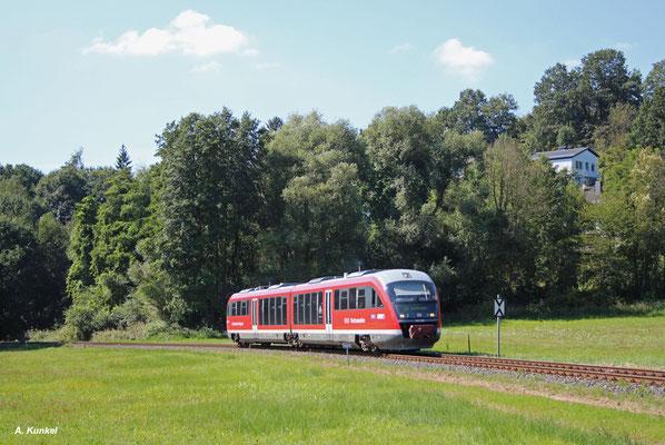 Nach dem Halt in Schimborn hat es 642 202 am 31. August 2016 nicht mehr weit nach Schöllkrippen.