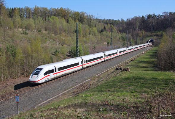 ICE4-Einheit 12 verlässt am 16. April 2019 den Schlüchterner Tunnel in Richtung Frankfurt.