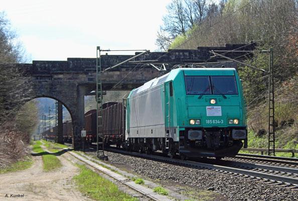 """185 634 ist unterwegs für die """"Holzlogistik und Güterbahn GmbH, Bebra"""", HLG. Am 30. März 2017 kommt die Lok nach Schlüchtern."""