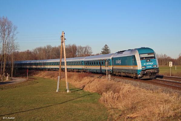 223 061 vor ALX 84140 nach Lindau am 2. Januar 2020 bei Stein.
