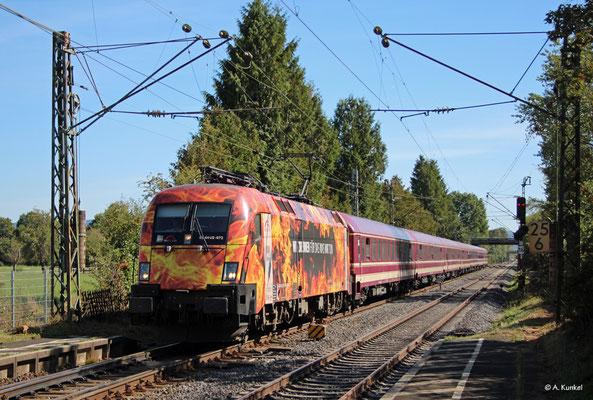 182 572 kommt am 15. September 2019 mit einem Sonderzug durch Großkrotzenburg.