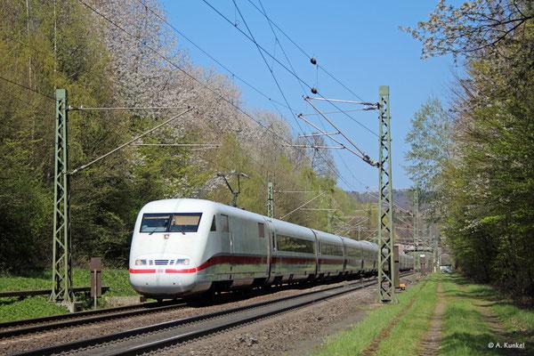 """401 554/054 """"Flensburg"""" ist am 16. April 2019 bei Schlüchtern südwärts unterwegs."""