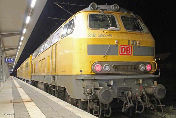 Am späten Abend des 19. August 2018 macht sich 218 392 mit ihren beiden Messwagen in Wiesbaden auf den Weg