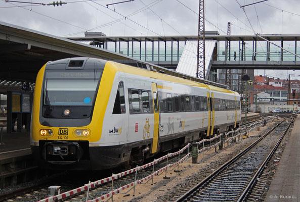 612 109 steht am 01. März 2019 in Ulm Hbf am Bahnsteig.