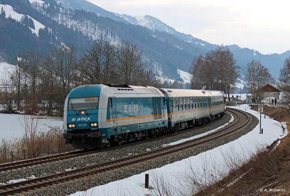 223 071 vor ALX 84111 Lindau - München am 02. März 2019 bei Trieblings.
