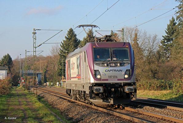 187 014 der Captrain bzw. akiem kommt am 01. Dezember 2017 alleine ohne Zug nach Hanau.