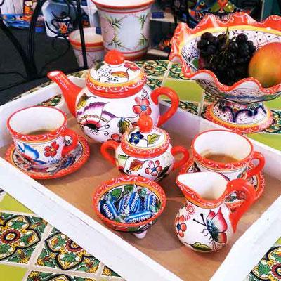Handbemaltes Teeservice Kaffeservice bunt mit Schmetterlingen