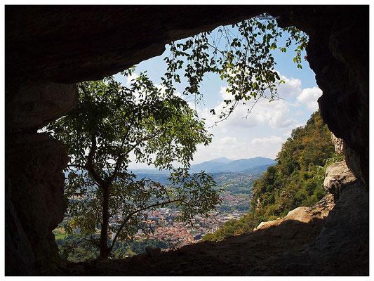 Grotta di Rava: panorama con vista su Mendrisio