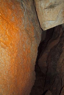 Grotta Rossa presso le Batterie
