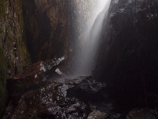 Inghiottitoio dell'Alpe Cara: luglio