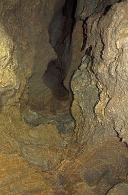 VI Grotta delle Cave di Saltrio