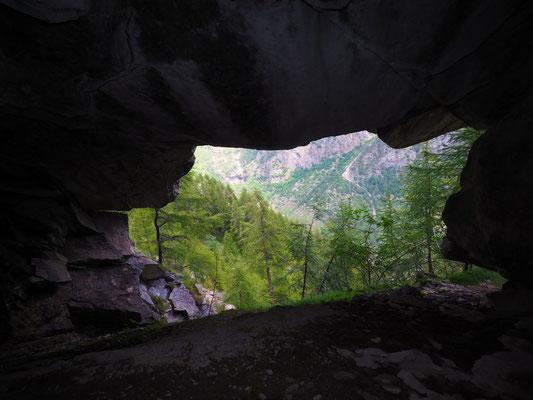 Sesta Grotta del Pizzo della Rossa: estate