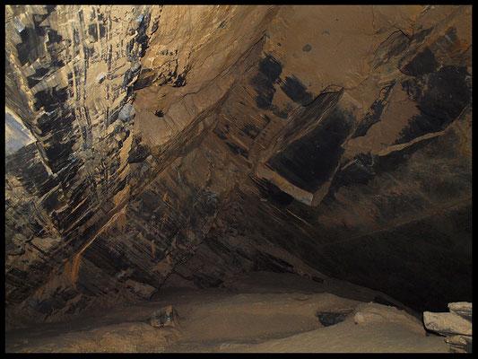 Grotta alla Cava Scerri: sala bagnata