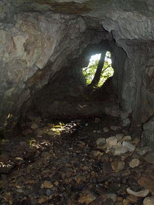 Grotta dei Quattro Passi