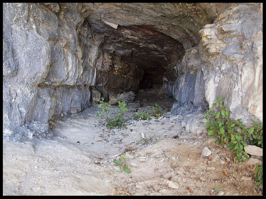 Grotta di Rava: galleria d'accesso