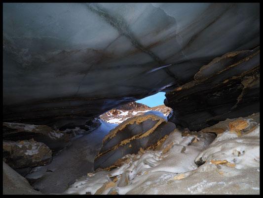 Grotta Glaciale di Valleggia: entrata