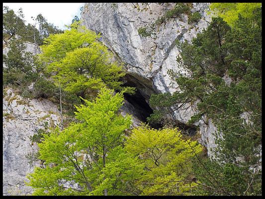 Grotta Sotto la Mitria