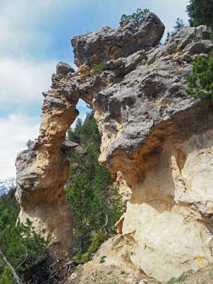 Froda: arco di roccia