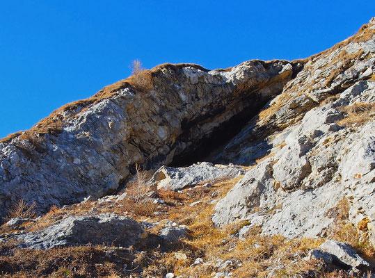 Caverna Presso il Passo Vanit: ingresso