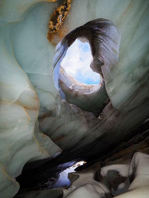 Grotta Glaciale di Valleggia / Val Bedretto