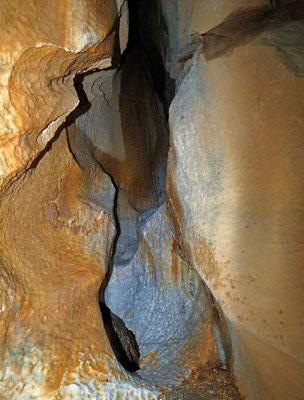 Caverna delle Streghe di Sambughetto: meandro attivo