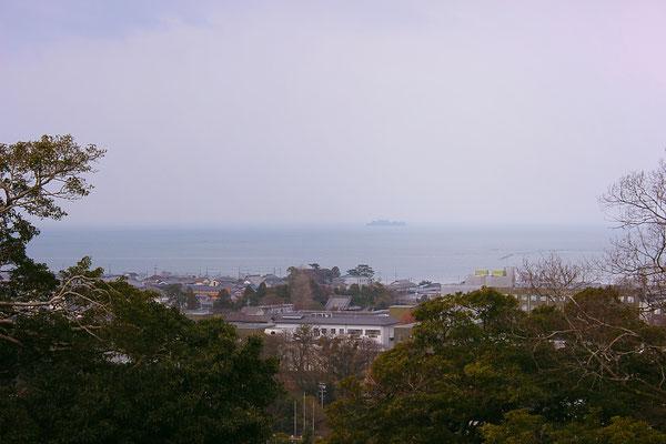 Blick von der Burg auf den Biwa-See.