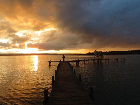 Vorteil des Ostufers: die Sonnenuntergänge! (Foto: Dirk Schwarting)