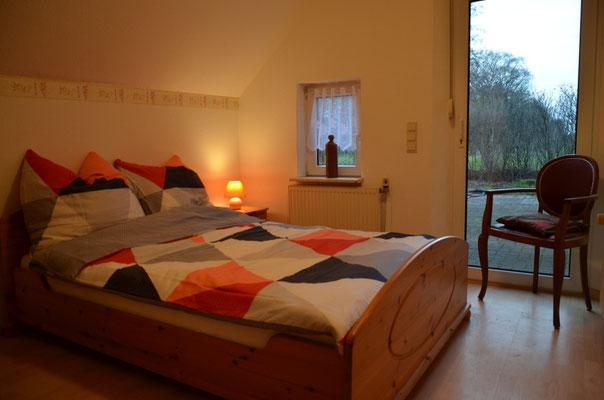 Erdgeschoss: Schlafzimmer 1 für 1 bis 2 Personen Bett 1,40 m x 2,00 m