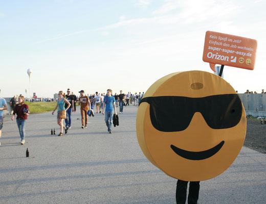 Orizon, Emoji -Kostüme