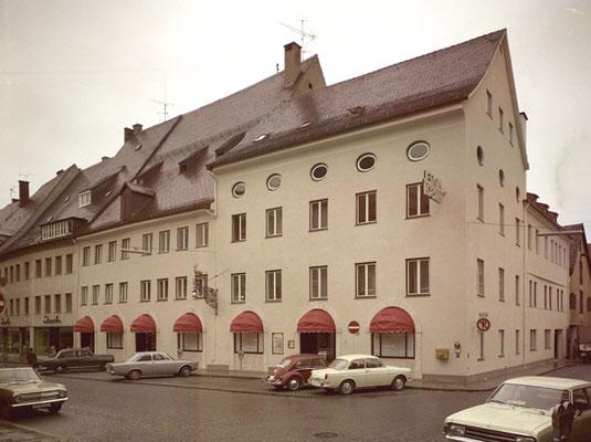 Hotel Hirsch color